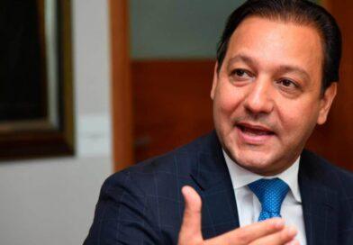 Abel Martínez ofrece ayuda a alcalde SDE para solucionar problema de basura